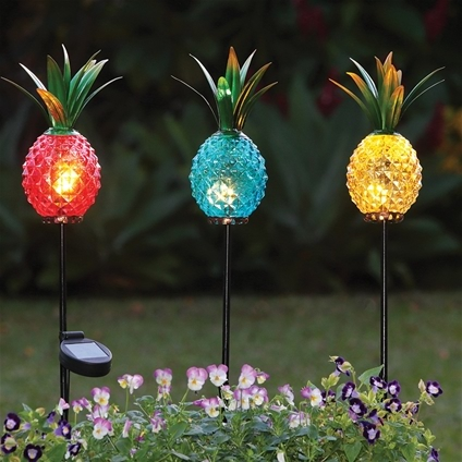 Pineapple Solar Lights Innovations