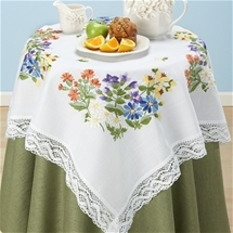 Flowers & Lace Table Topper
