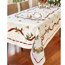 Christmas Holly Jacquard Tablelinen