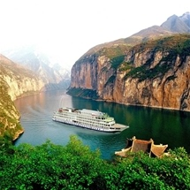 Luxurious Yangtze River Holiday Cruise (5 Night Tour)