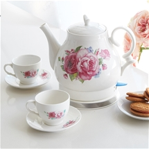 Rose Kettle with 2 Teacups