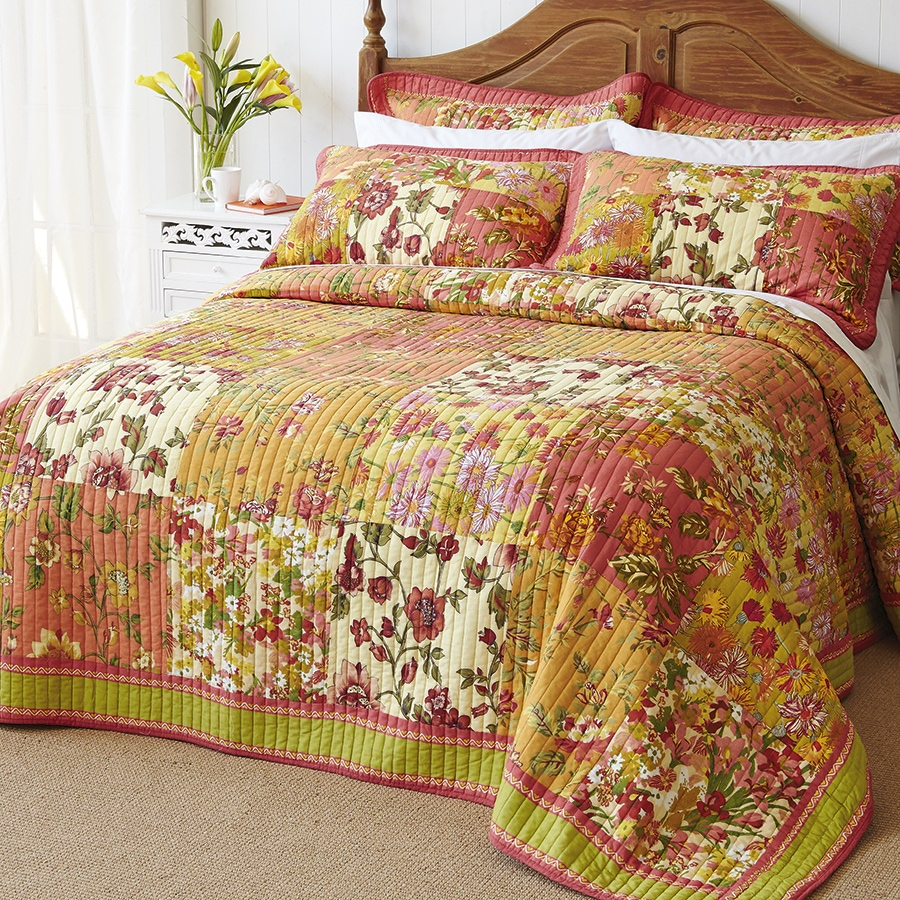 Floral Patchwork Bedspreads  Double